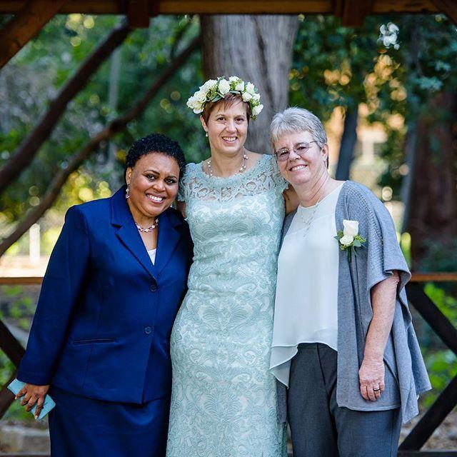Lesbian weddings, Los Angeles Wedding Officiants