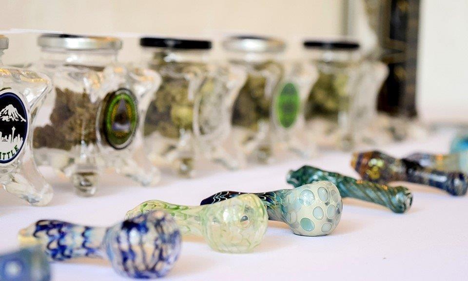 Cannabis bar at at wedding reception , weed weddings, 420 weddings, cannabis ceremonies